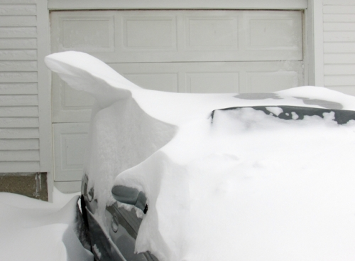 Unique snow drift on my car.